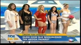 getlinkyoutube.com-Simone Fiuza em desfile plus size de lingerie no programa Hoje em Dia com Gustavo Sarti