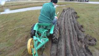 getlinkyoutube.com-Bolens Ride a Matic 7hp tractor ploughing