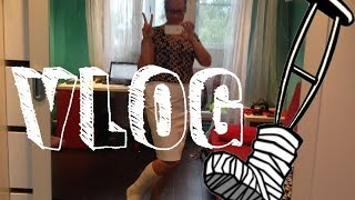 VLOG: Shopping with leg cast