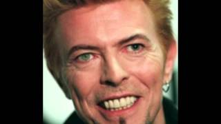 Tulus - Space Oddity [David Bowie], lyrics