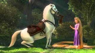 getlinkyoutube.com-Rapunzel n Flynn meet Maximus scene from Tangled HD