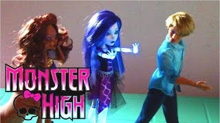 getlinkyoutube.com-Monster High Ghoul's Alive Spectra Vondergeist Doll - Monster High Doll Collection 2