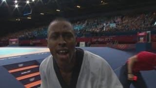 getlinkyoutube.com-Jennings Wins Men's Taekwondo -68kg Bronze - London 2012 Olympics