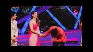 getlinkyoutube.com-Karan Wahi & Kareena Kapoor - Saree Ke Fall Sa