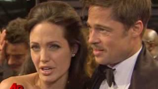 getlinkyoutube.com-Pitt, Jolie Love 'Slumdog'