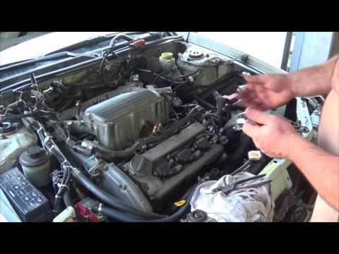Самостоятельная замена прокладок клапанных крышек VQ30DE.