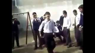getlinkyoutube.com-Le Le Le Le Le Maza/ by pakistani students