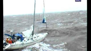 getlinkyoutube.com-Harwich & Aldeburgh lifeboats launched in force 9 gales to rescue yacht
