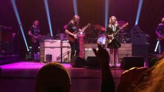 "getlinkyoutube.com-Tedeschi Trucks Band  2016-09-30 Beacon Theater New York , NY ""Keep On Growing"""