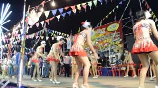getlinkyoutube.com-รำวงย้อนยุคเพชรบุรี ดนตรีเมืองลาว 3