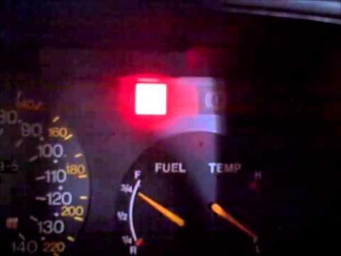 Расположение датчика скорости у Saab 900