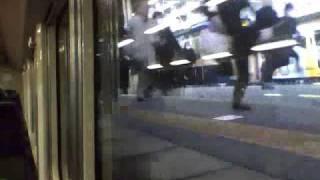 getlinkyoutube.com-総武本線佐倉駅 朝ラッシュ乗り換え運動会 佐倉ダッシュ