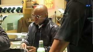 getlinkyoutube.com-Floyd Mayweather Shopping at NY Diamond District