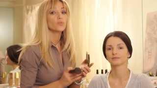 getlinkyoutube.com-Образы: классический вечерний макияж от Avon