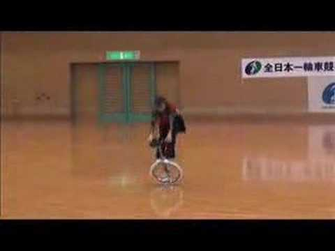 I've always wished I could ride a unicycle… This girl makes it her bitch.