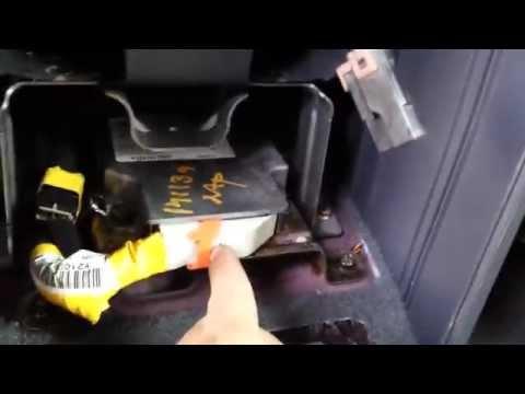 03 Kia Sorento Airbag Control Unit Removal Replacement