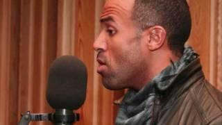 getlinkyoutube.com-Craig David Use Somebody Acoustic BBC 1 Xtra Live Lounge