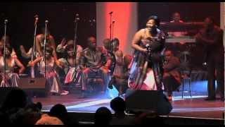 getlinkyoutube.com-Spirit Of Praise 4 feat. Zaza - Calvary