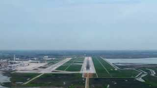 getlinkyoutube.com-COCKPIT VIEW OF FINAL APPROACH AT VENICE AIRPORT
