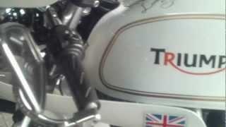 getlinkyoutube.com-TRIUMPH BONNEVILLE CAFE RACERS NORMAN HYDE TOGA