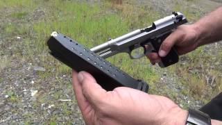 getlinkyoutube.com-Beretta 92FS Inox with BT Guide Rod (HD)