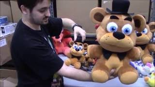getlinkyoutube.com-Funko Plush - FIVE NIGHTS AT FREDDY'S (Big & Small) Mangle, Bonnie, Foxy, Chica - BBToyStore.com