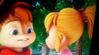 getlinkyoutube.com-Alvin & The Chipmunks-Alvin kisses Brittany 💋