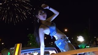 getlinkyoutube.com-Zeus Classic Bike Pattaya Car Audio Show with Coyote Dancers File 06