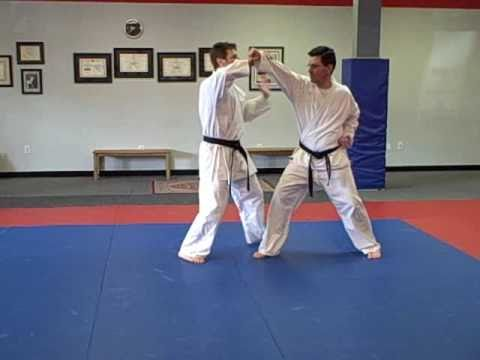 Funakoshi Karate Throwing Technique - Komanage
