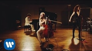 getlinkyoutube.com-Clean Bandit & Jess Glynne - Real Love [Official Video]