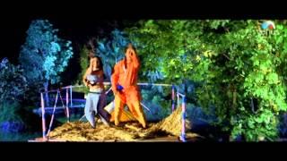 Leke Chadariya Mein Full Song (Malla Yuddha)