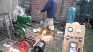 getlinkyoutube.com-Wolseley & Lister - Christmas Crank Up 2011 -