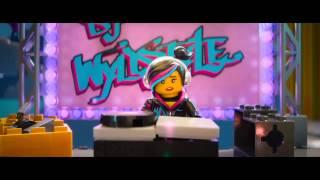getlinkyoutube.com-Everything is awesome - The LEGO® Movie - Emmet Awards