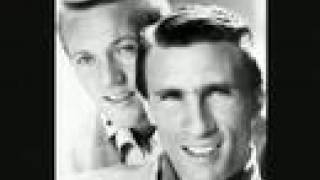 Righteous Brothers - Unchained Melody (High Quality)