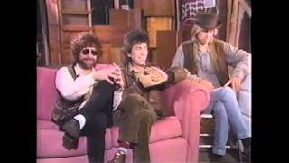 getlinkyoutube.com-Travelling Wilburys Interviews MTV (Death of Roy Orbison) 01/89