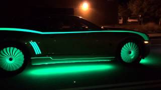 getlinkyoutube.com-Glow In The Dark Cars By Kustom Kings
