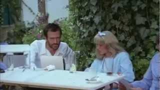 """getlinkyoutube.com-Toto Estirado en """"Vivir en Sevilla"""" de Gonzalo García-Pelayo (1978)"""