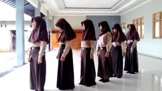 getlinkyoutube.com-Kreasi Tari Manuk Dadali MTs Thowalib Pesagen