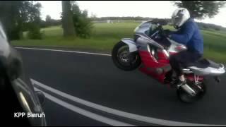 getlinkyoutube.com-Motocyklista popełnił 46 wykroczeń i dostał 200 punktów