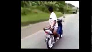 Super Kocak - Aksi Standing Motor Paling GOKIL Super Lucu Banget
