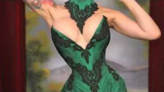 getlinkyoutube.com-Making Corsets is a Cinch with Electra Designs Corsetry Kickstarter Campaign