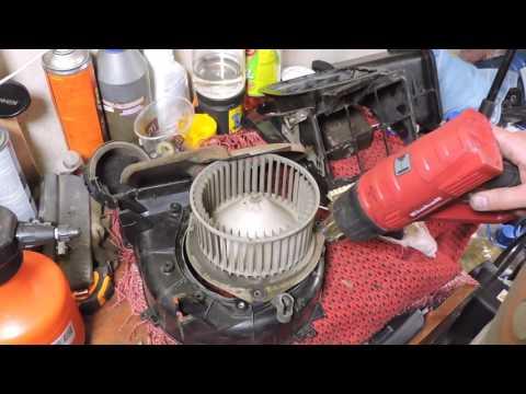 Перебираем печку Nissan Terrano 2.7