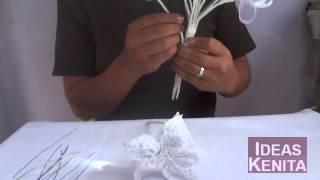 getlinkyoutube.com-Como hacer un ramo de Novia (2 de 2)