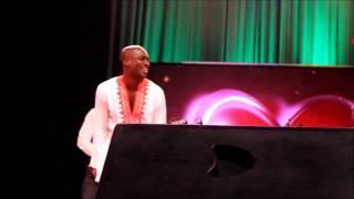 getlinkyoutube.com-Kwadwo Akwaboah and Kwabena Kwabena sing 'Awre kyrikyri'