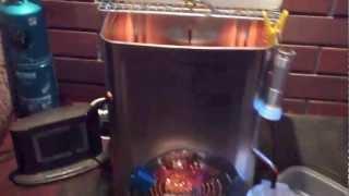 getlinkyoutube.com-一斗缶の廃油ストーブで発電、給湯、暖房 天使のストーブ
