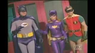 getlinkyoutube.com-Batman (1966): Fight Scenes-Season 3 (Pt.2)