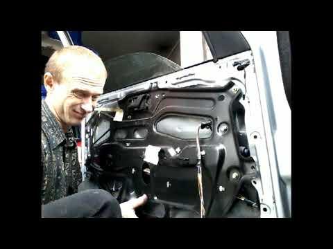 Как снять извлечь заменить стекло передней двери FIAT TEMPRA(1995)demonta z zamiana szyby drzwi przod