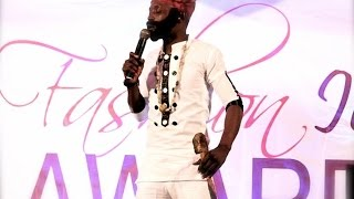 Baba Spirit jokes at Fashion Icon Awards