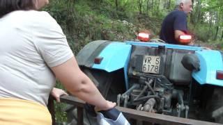 getlinkyoutube.com-Salita in montagna col trattore