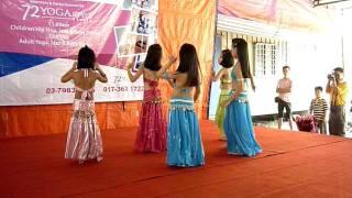 getlinkyoutube.com-Children Belly Dance (yoga72style studio)